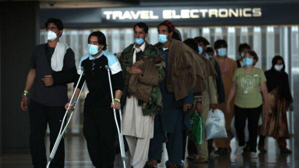 美撤軍行動結束 阿富汗還有上萬人尋求逃離