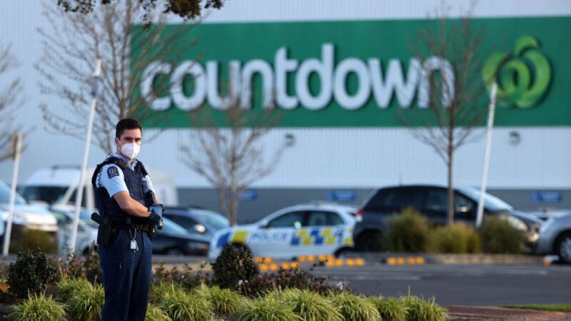 新西兰恐怖袭击 男子超市砍伤6人遭击毙(视频)