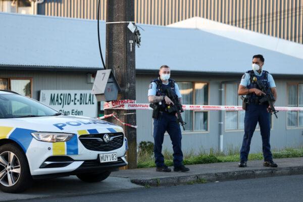 新西蘭恐攻歹徒身分曝光 30名員警日以繼夜監視