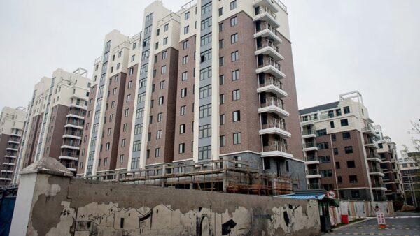 中國土地流拍、零溢價頻現 開發商集體「躺平」
