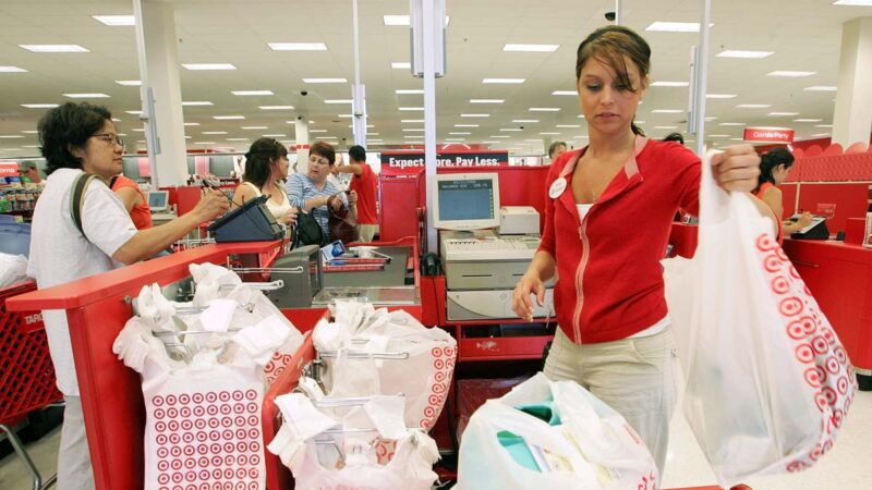 网上购物激增  美零售业8月意外增长