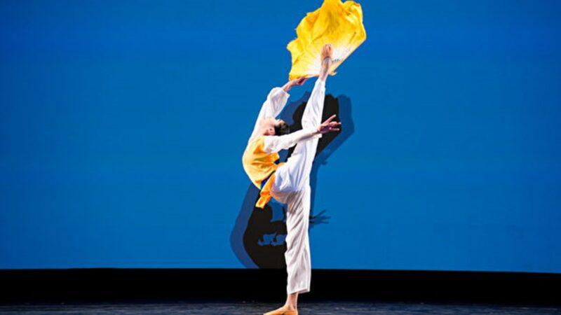 組圖五:中國古典舞大賽女子組銀獎得主風采