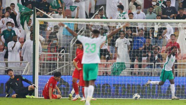 历史首次 中国男足世预赛2:3负于沙特