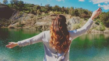 6大洗头错误方式 让你的头发越洗越少