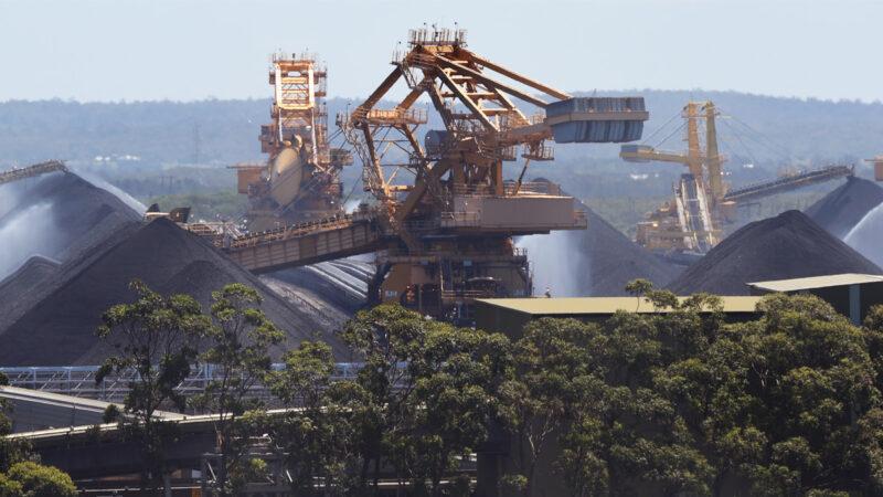 禁令失效?中國港口外45万吨澳煤被悄悄卸下