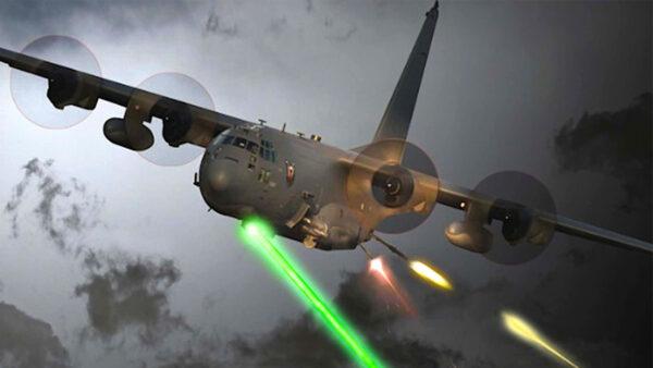 美空军空中炮艇再添利器:高能激光武器