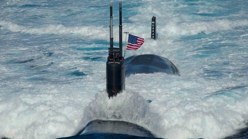 """美军核潜艇南海潜航撞""""异物"""" 十余名海军受伤"""