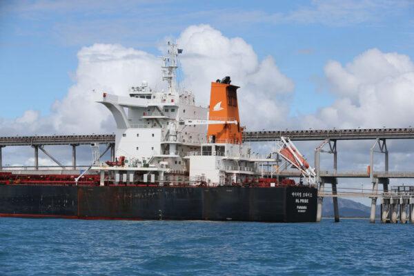 限电救急 传中国悄悄开放澳煤船卸货