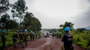 载人卡车冲入河流 民主刚果酿至少50死