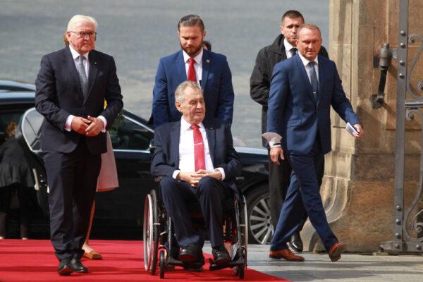 捷克大選後 總統住進加護病房 新政府組建存變數