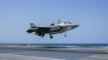 """美日航母""""结伴""""同行 南海操演F-35C吸睛"""