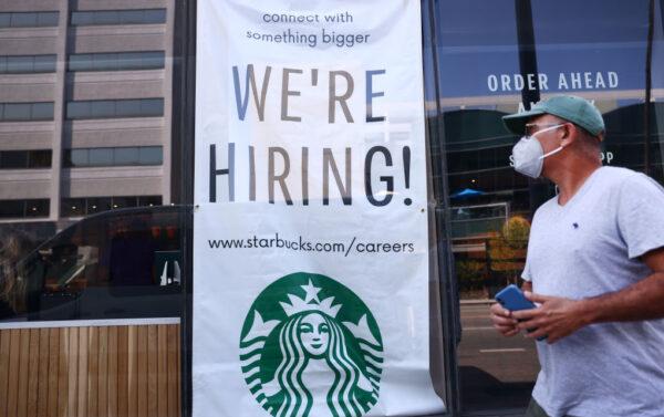 美上週領失業金人數跌破30萬 疫情以來新低