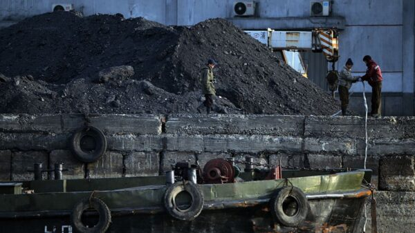 海上摸黑航行 朝鮮煤炭走私中國加劇