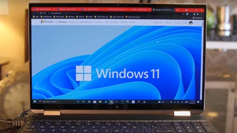中国部分电脑升级Windows 11遇阻 中共政策后果